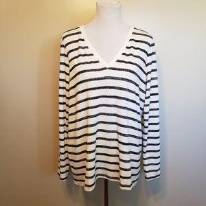 GAP   striped navy and cream v neck sweater